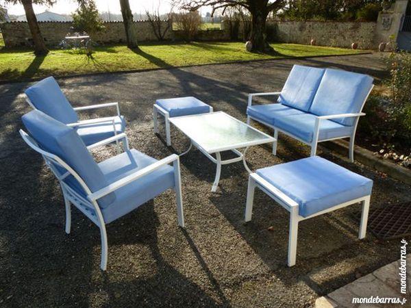 fauteuils occasion en charente maritime 17 annonces achat et vente de fauteuils paruvendu. Black Bedroom Furniture Sets. Home Design Ideas