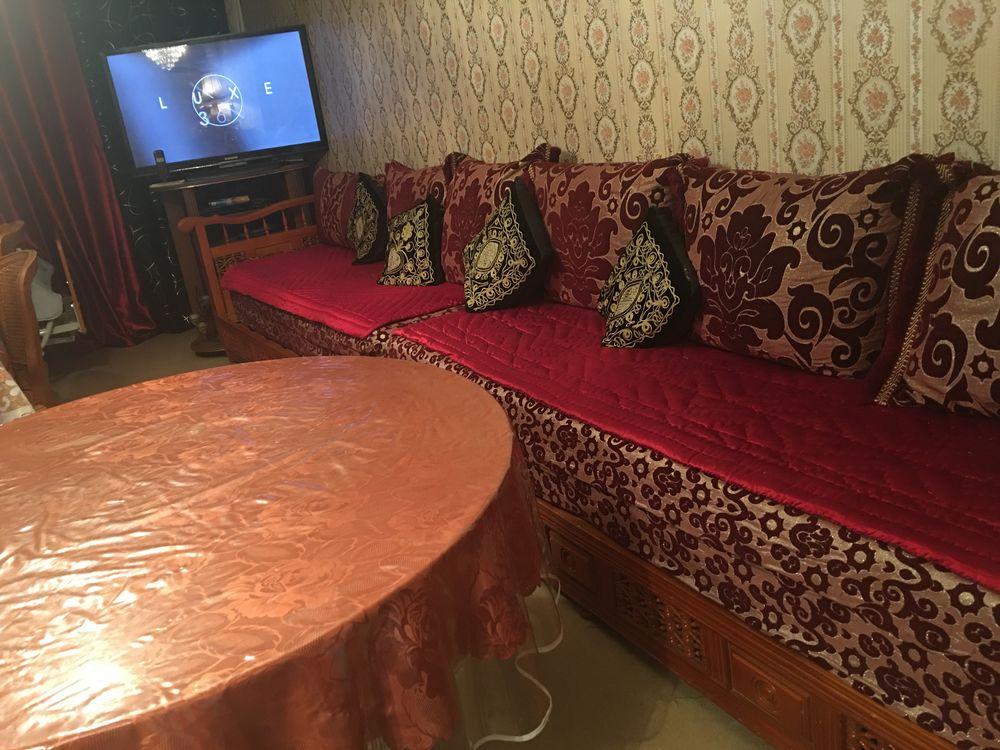 un salon marocain complet 850 Paris 12 (75)