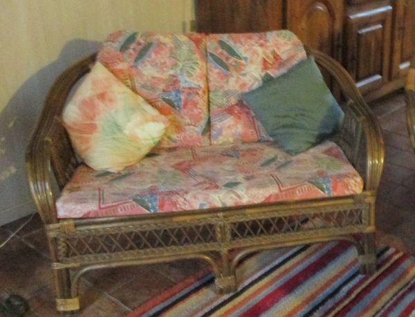 canap s rotin occasion dans le loir et cher 41 annonces achat et vente de canap s rotin. Black Bedroom Furniture Sets. Home Design Ideas