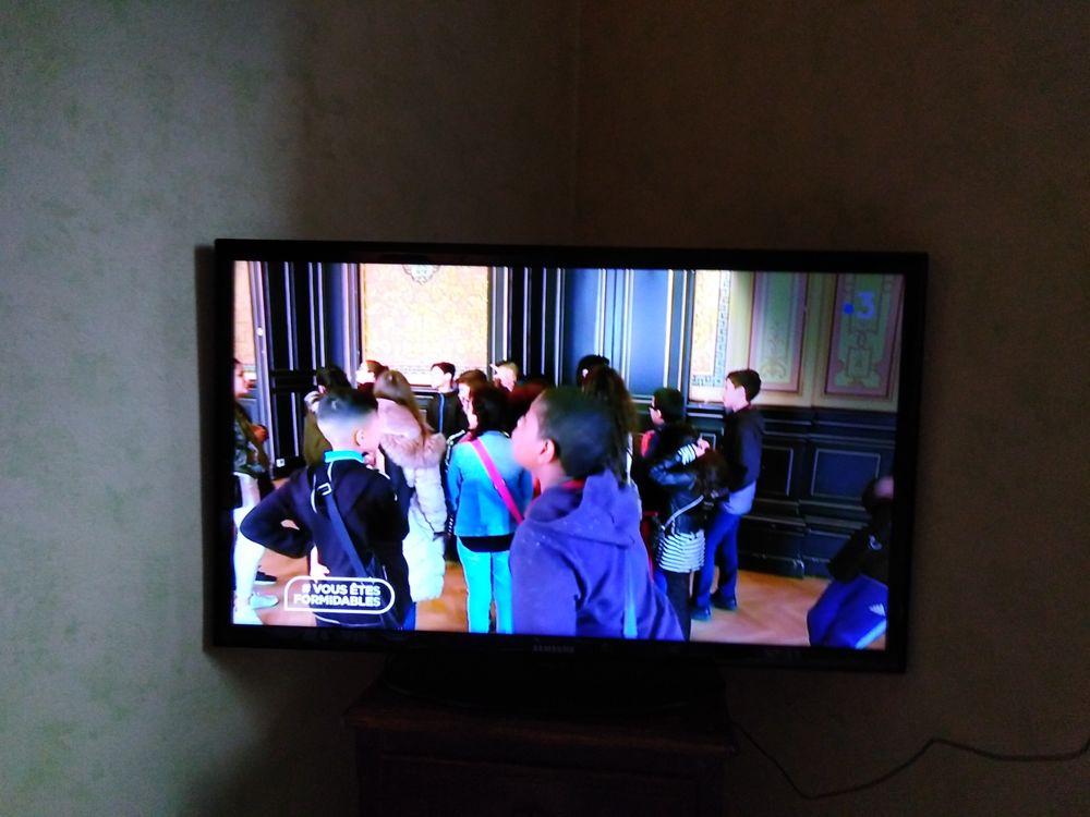 vds TV Samsung 101 cms bon état de marche ! ( HDMI ) LED. Photos/Video/TV