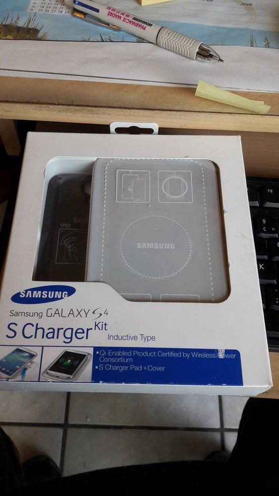 SAMSUNG Original Chargeur Sans Fil  S Charger Kit  30 Mouguerre (64)