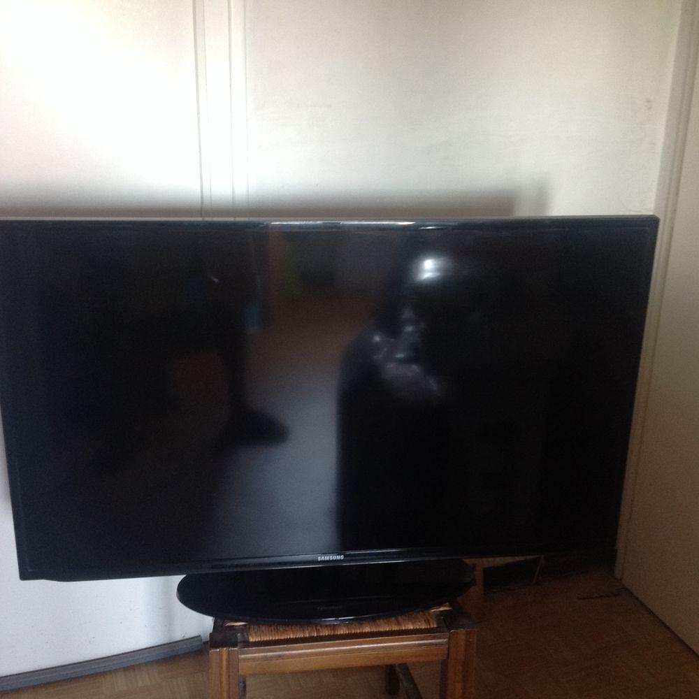 tv Samsung type UE 46 EH 5000 117 cm. 280 Sarzeau (56)