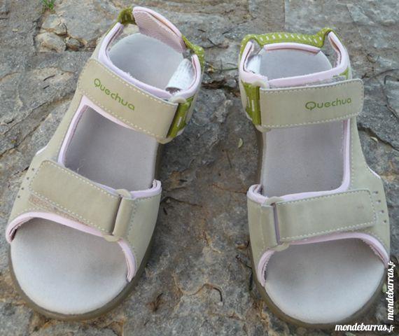 """""""SANDALES FILLE «QUECHUA» - pointure 32/33"""""""""""" Chaussures"""