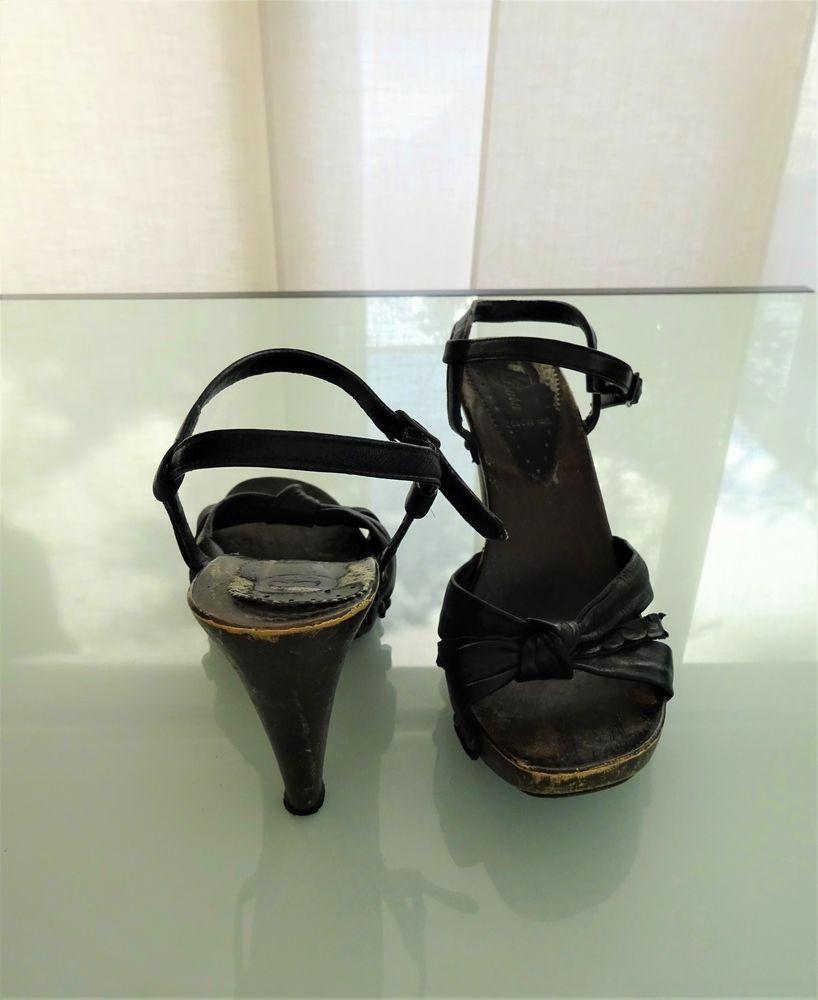 Sandales noires à talons bois Bata 38 7 Saint-Laurent-du-Var (06)