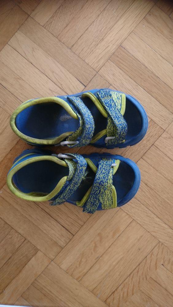 sandales Queshua 4 Paris 13 (75)