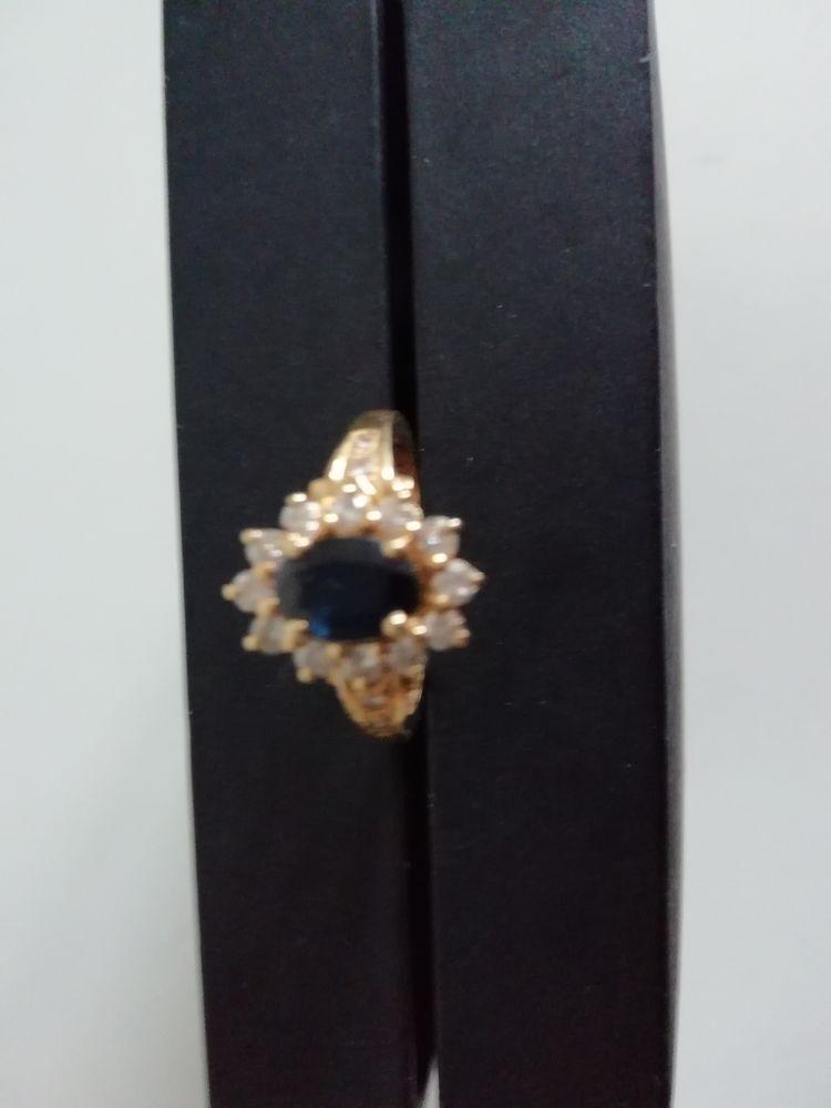Saphir et diamants 399 Brunoy (91)