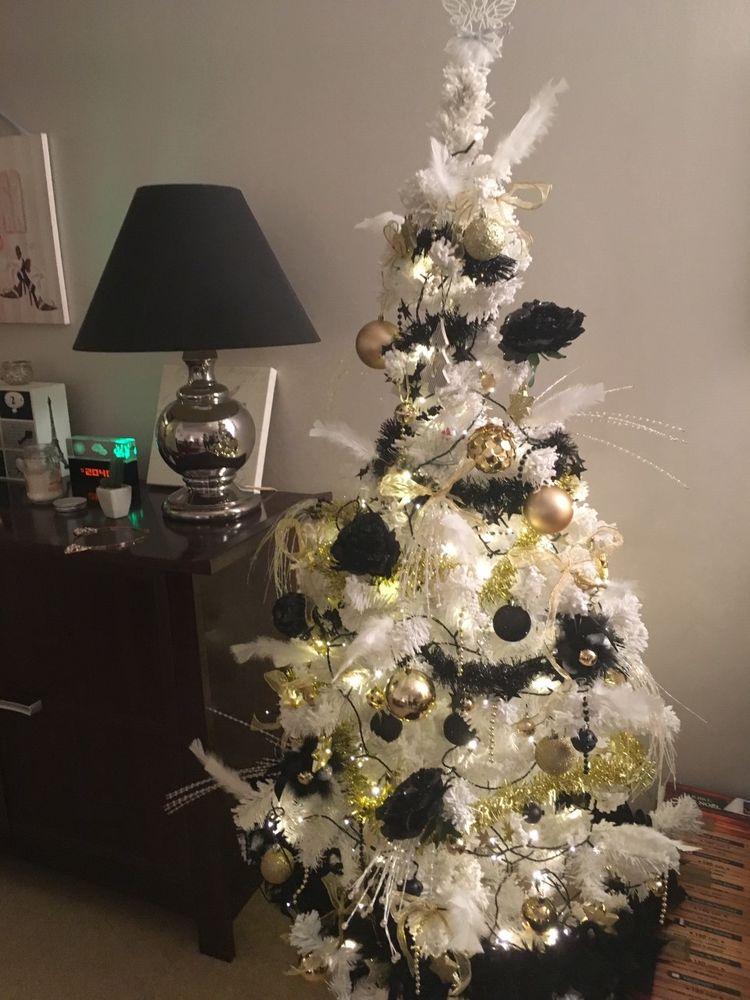 Sapin De Noël Blanc Décorations Or Et Noir