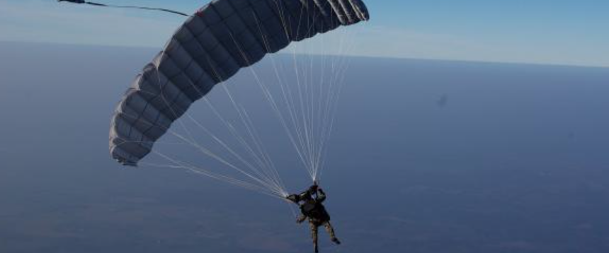 Sauts en parachutes pour deux 600 Paris 1 (75)