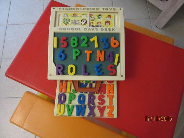 school days desk fisher price toys bon état  50 Viry-Châtillon (91)