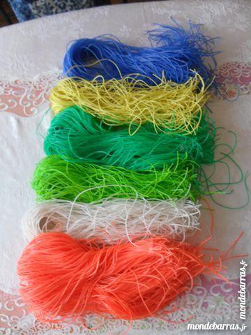 Scoubidous 6 couleurs dispos 1 Pantin (93)