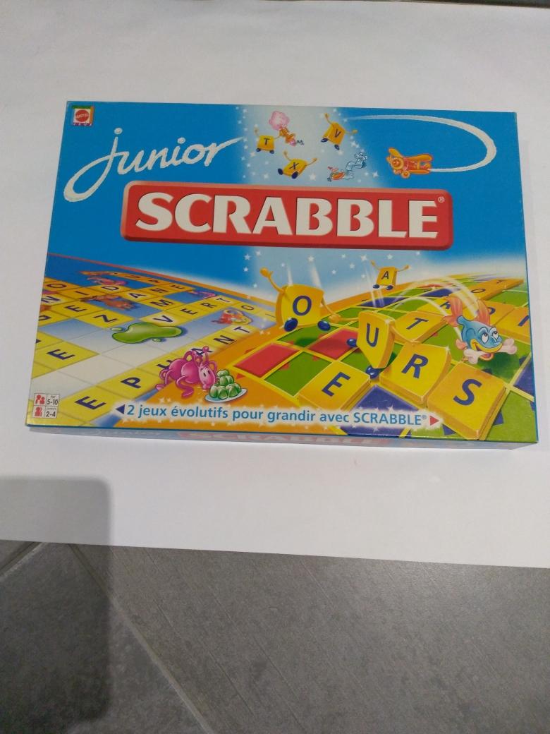 Scrabble junior 15 Calais (62)