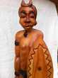 sculture guerrier en bois