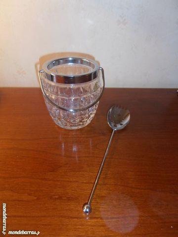 Seau à glace en cristal + cuillère (43) 30 Tours (37)