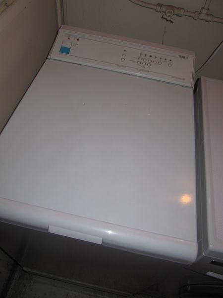 sèche linge Vedette à condenseur  50 Palaiseau (91)
