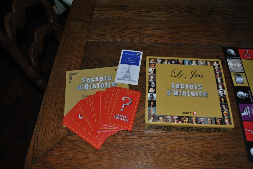 jeu  secrets d'histoire  à partir de 8 ans et/ou adultes 20 Foix (09)