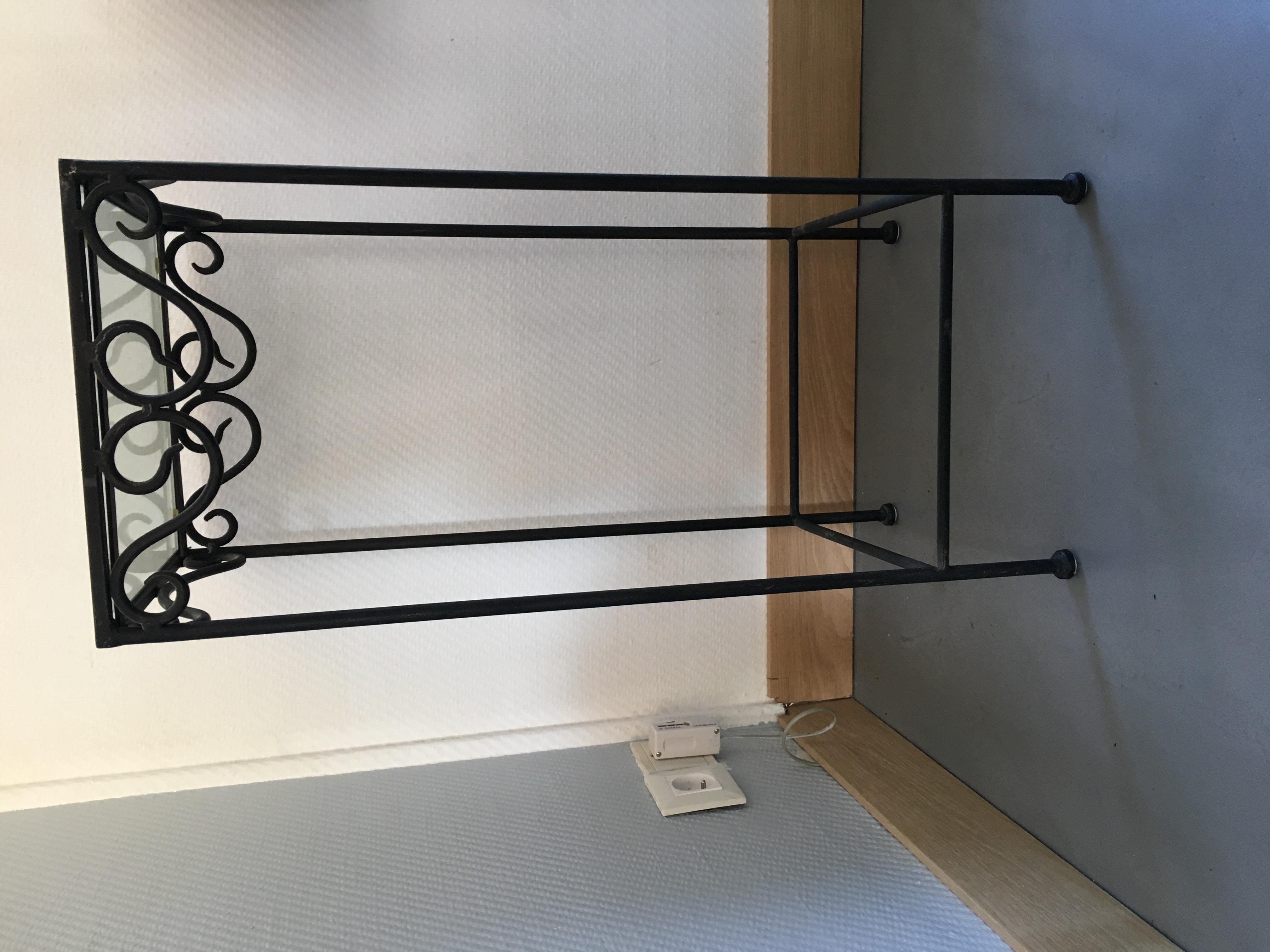 sellettes occasion annonces achat et vente de sellettes paruvendu mondebarras page 18. Black Bedroom Furniture Sets. Home Design Ideas