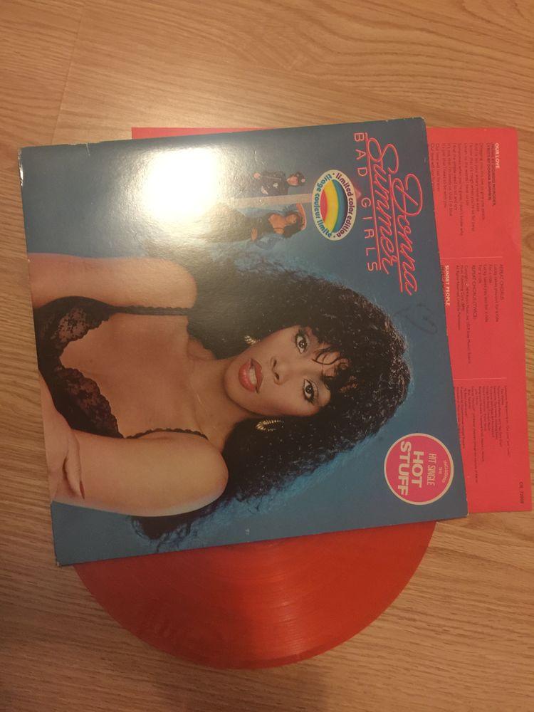 The série limitée de Donna Summer, Bad Girls. Coloris orange 20 Guyancourt (78)