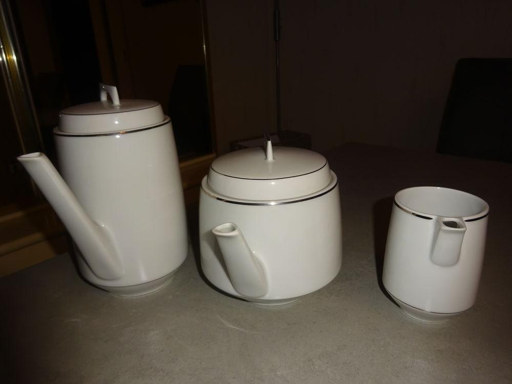 Service Bernardaud café, thé,lait 50 Montreuil (93)