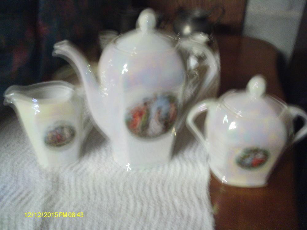 service à cafe ancien en porcelaine 80 Narbonne (11)