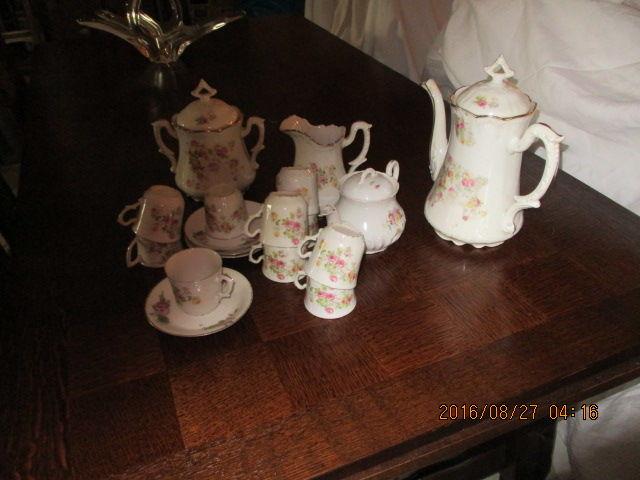 Service à café et à thé ancien 15 Castres (81)