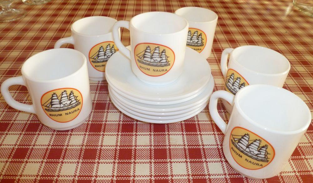 Service à café marque Rhum Naura 12 Vert-le-Grand (91)