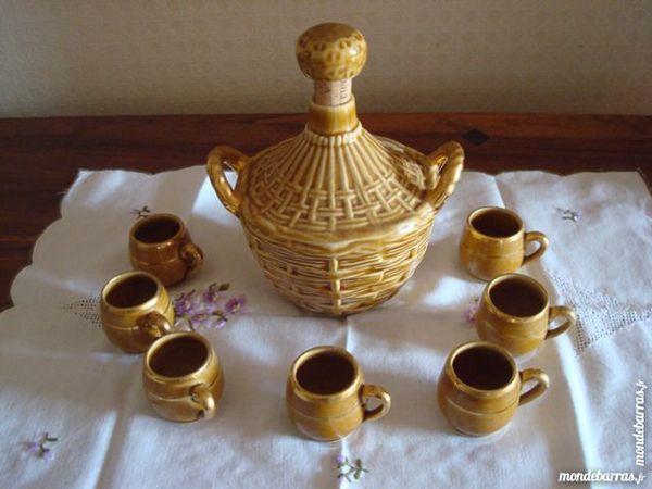 Service à liqueur en céramique 12 Marmande (47)
