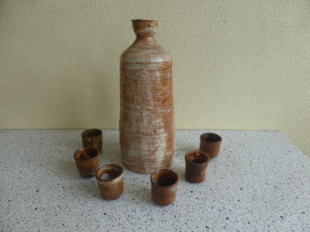 service a liqueur en gres Cruche avec 6 verres. 14 Soissons (02)