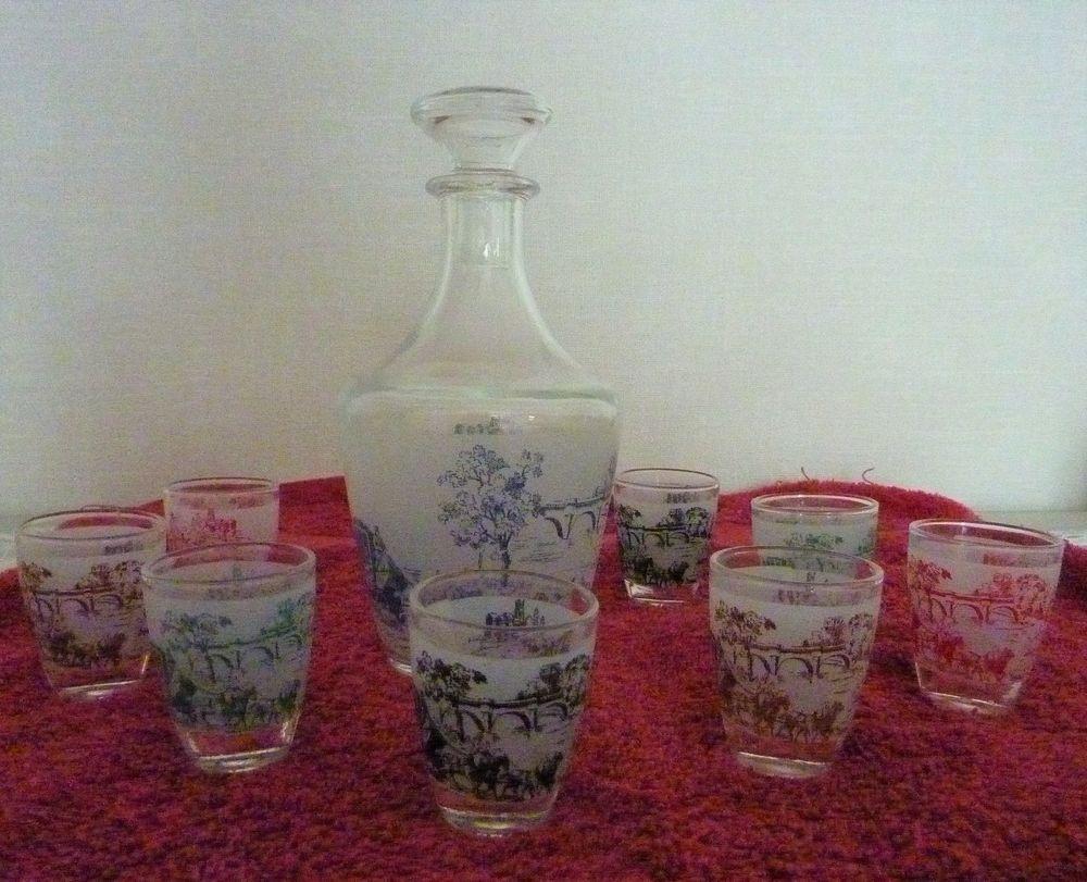 Service à liqueur 9 pièces en verre vintage 12 Orsay (91)