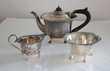 Service à thé 3 pièces métal argenté XIXe Fillinges (74)