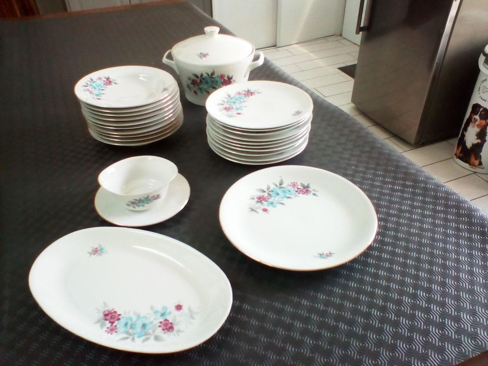 Service en porcelaine d'Italie 68 Le Pellerin (44)