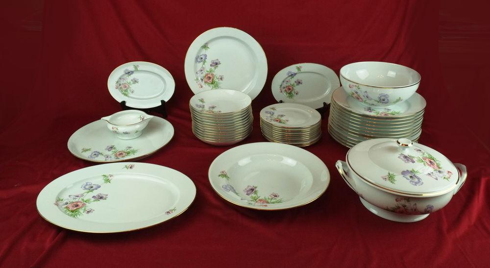 Service de table numéroté  porcelaine de Limoges  44 pièces 170 Noiseau (94)