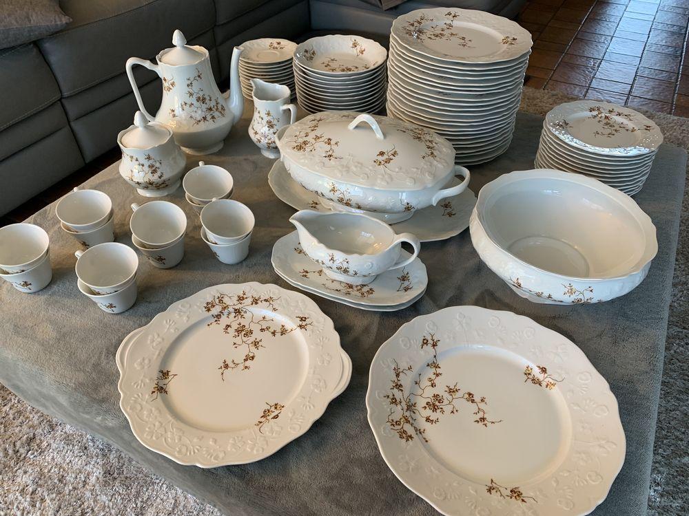 Service de table, porcelaine de Sologne. 200 Rémilly (57)