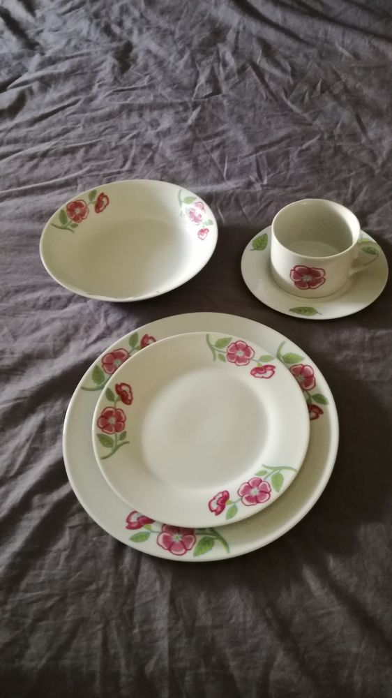 Service de table en porcelaine 11 couverts! 8 Remiremont (88)