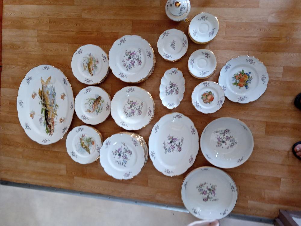Service de table porcelaine de Limoges 57 pièces  250 Cheminot (57)