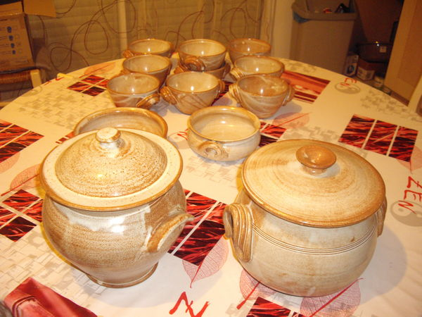 Service de table céramique  Arts de la table > Petites annonces