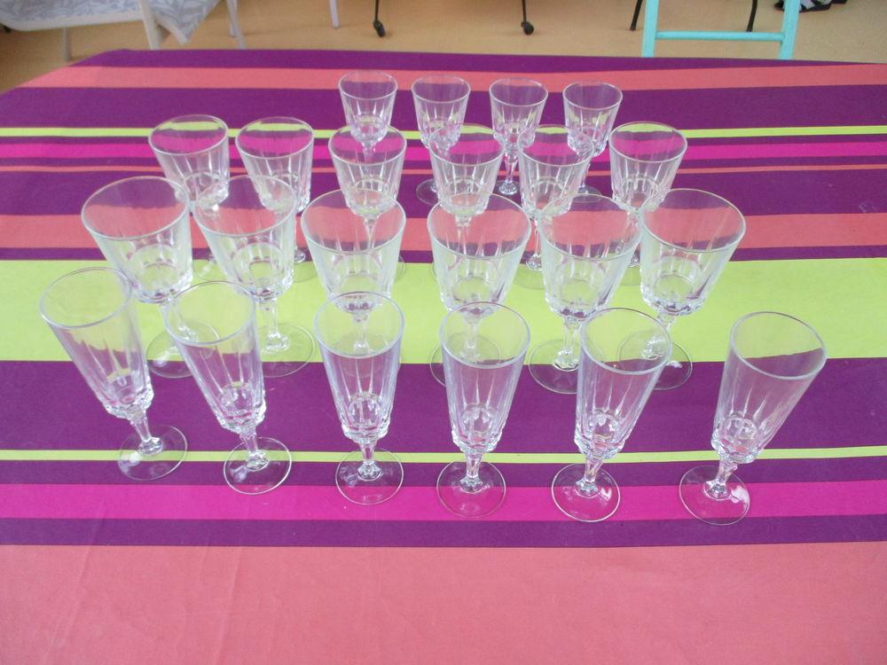 Service de verres Cristal d'Arques 52 Le Vernois (39)