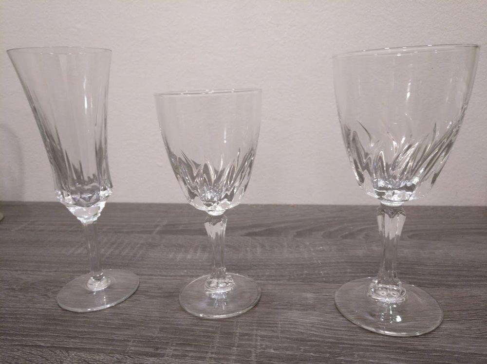 Service de verres en cristal 400 Sannois (95)
