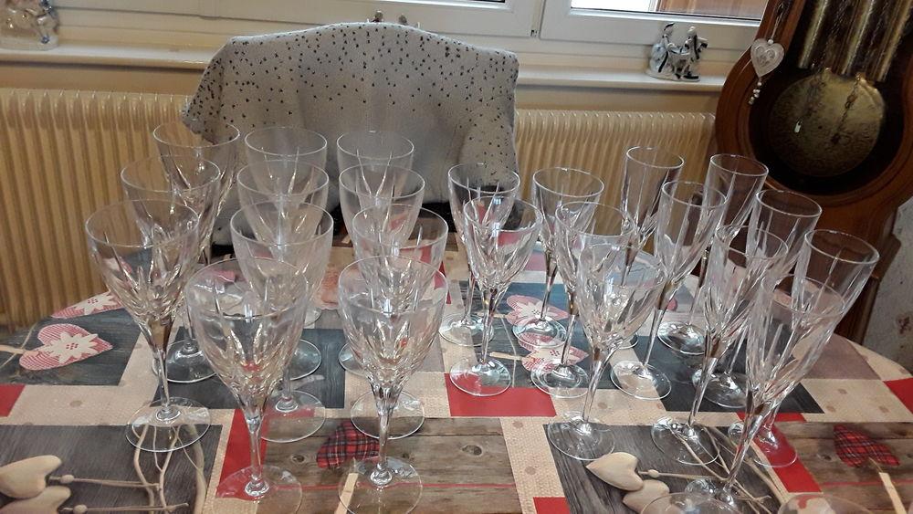 Service de verres en cristal d italie 20 Marly (59)