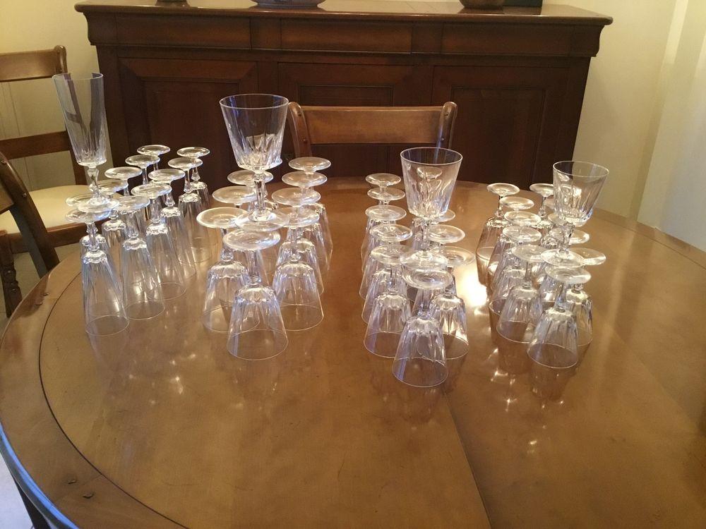 Service de verres en cristal modèle Versailles 150 Nanteuil-lès-Meaux (77)