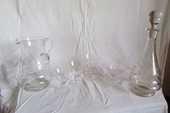 Service de verres à pieds ,2 carafes : 44 pièces 200 Versailles (78)