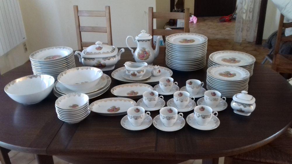Services en porcelaine  100 Saint-Géron (43)