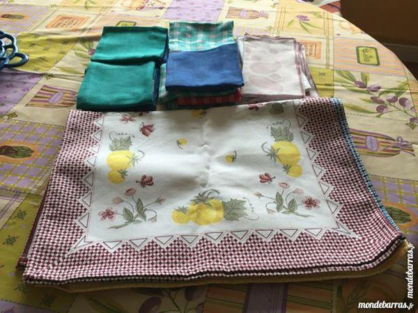Lot serviettes de table neuves 19 Sartrouville (78)
