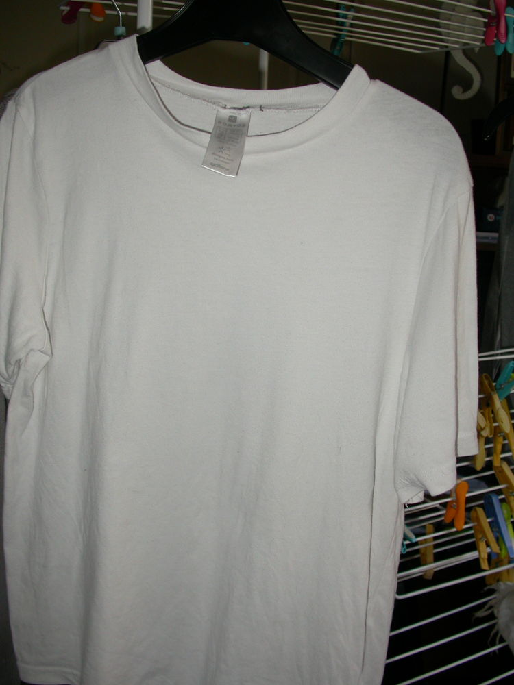 tee shirt blanc DECATHLON Domyos 14 ans  2 Auvers-sur-Oise (95)