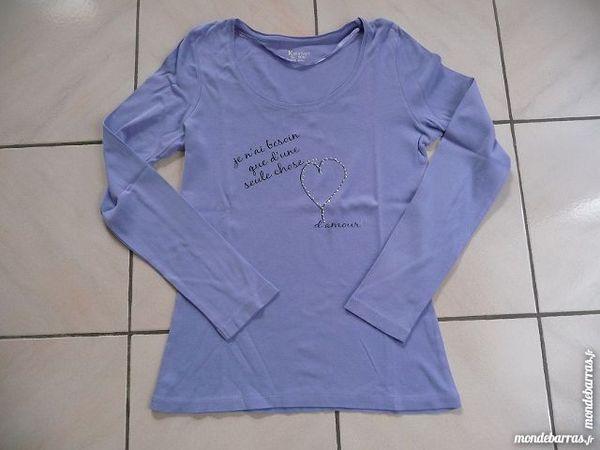 Tee-shirt bleu lavande taille 38-40 10 Montigny-le-Bretonneux (78)