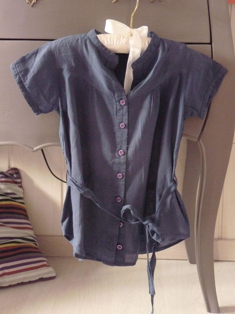 t-shirt bleu Version Sud fille 8 ans TBE  10 Brienne-le-Château (10)