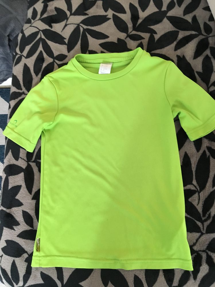 TEE SHIRT DECATLHON ANTI UV Vêtements enfants
