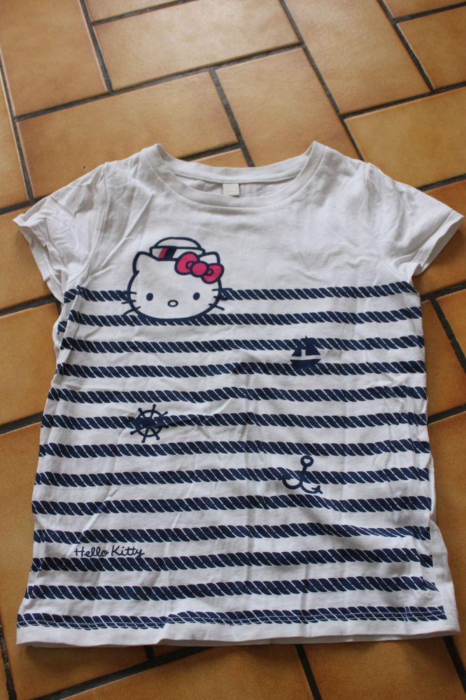 T-shirt esprit hello kitty 6/7 ans 4 Wervicq-Sud (59)