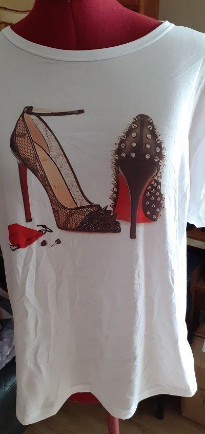 Tee-shirt femme motif chaussures à talon 15 Pleurs (51)