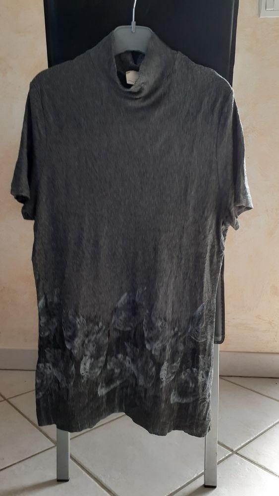 Tee-shirt gris Camaïeu taille 4 2 Montcarra (38)