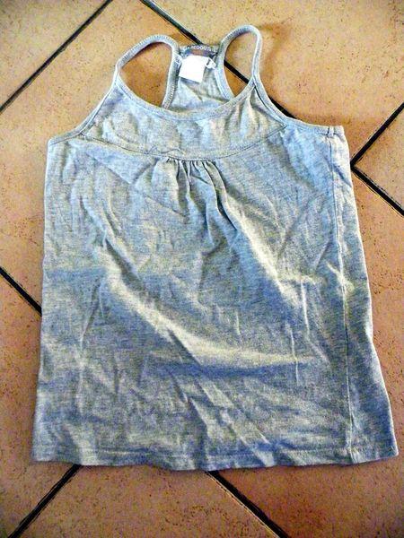 t shirt gris 10 ans  2 Viriat (01)